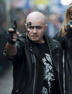 Виталий Давыдов. Два пистолета.